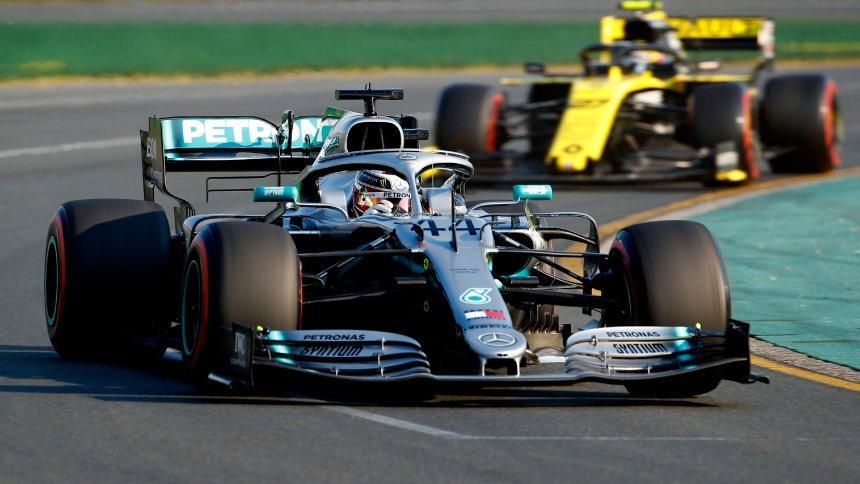 SPIEGEL ONLINE's photo on Lewis Hamilton