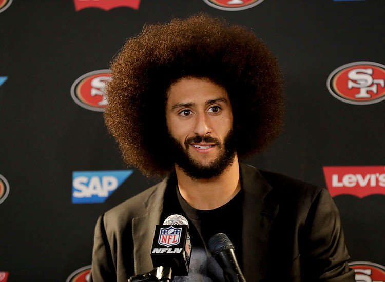 """Colin Kaepernick in interested in the vacant @MiamiDolphins QB role and has said he is """"training hard and ready to play."""" But are the Fins and @MiamiDolphins fans interested in him? #NFLUK #NFLUKChat<br>http://pic.twitter.com/4lGWjdvjbF"""