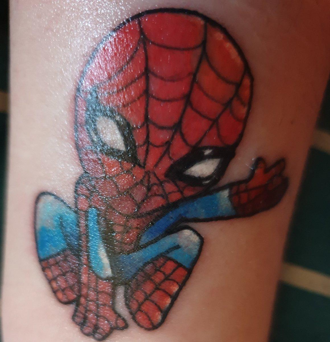 #Tattoo Awesome of the Day: #Marvel #Spiderman Forearm Piece via @WWEGREATFAN1994 #SamaTattoo #SamaGeek 🤓