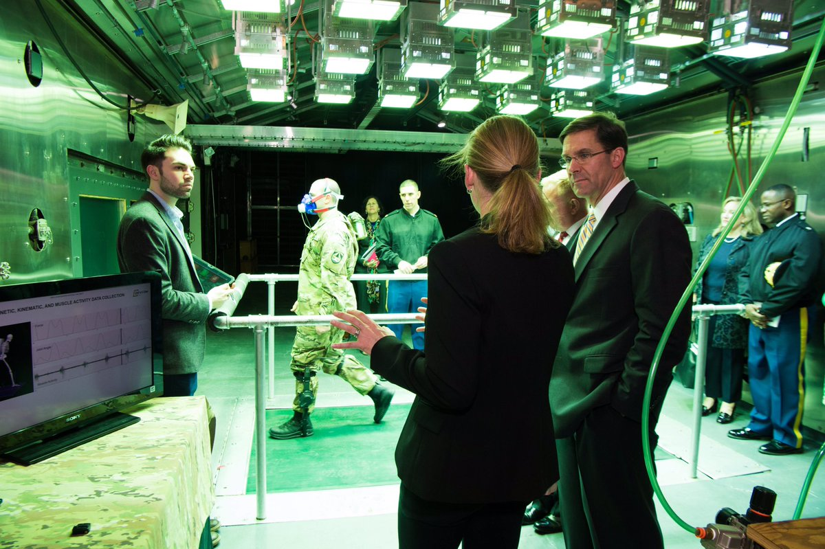 Great engagement at the @NatickSSC CCDC yesterday seeing the great work they do providing the best equipment for our Soldiers. I got to check out the Tropical Climate Testing Center and Augmented Reality Sandtable & try the delicious Pizza MRE 🍕at @USARIEM!