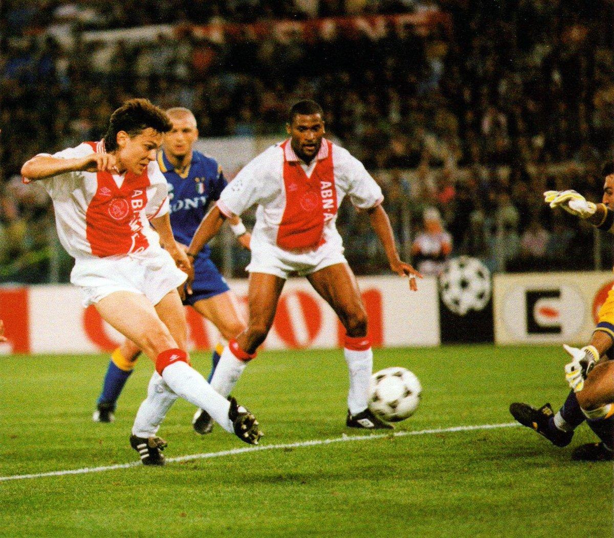 Barend Tensen's photo on #AjaxJuve