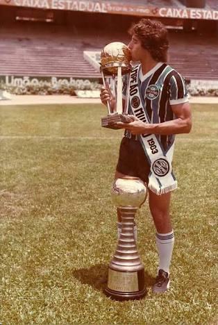Fernandez's photo on Mundial de Clubes