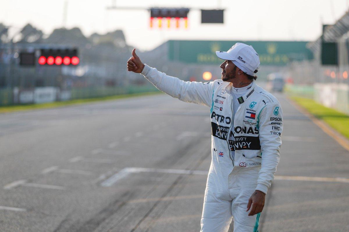 888sport's photo on Lewis Hamilton