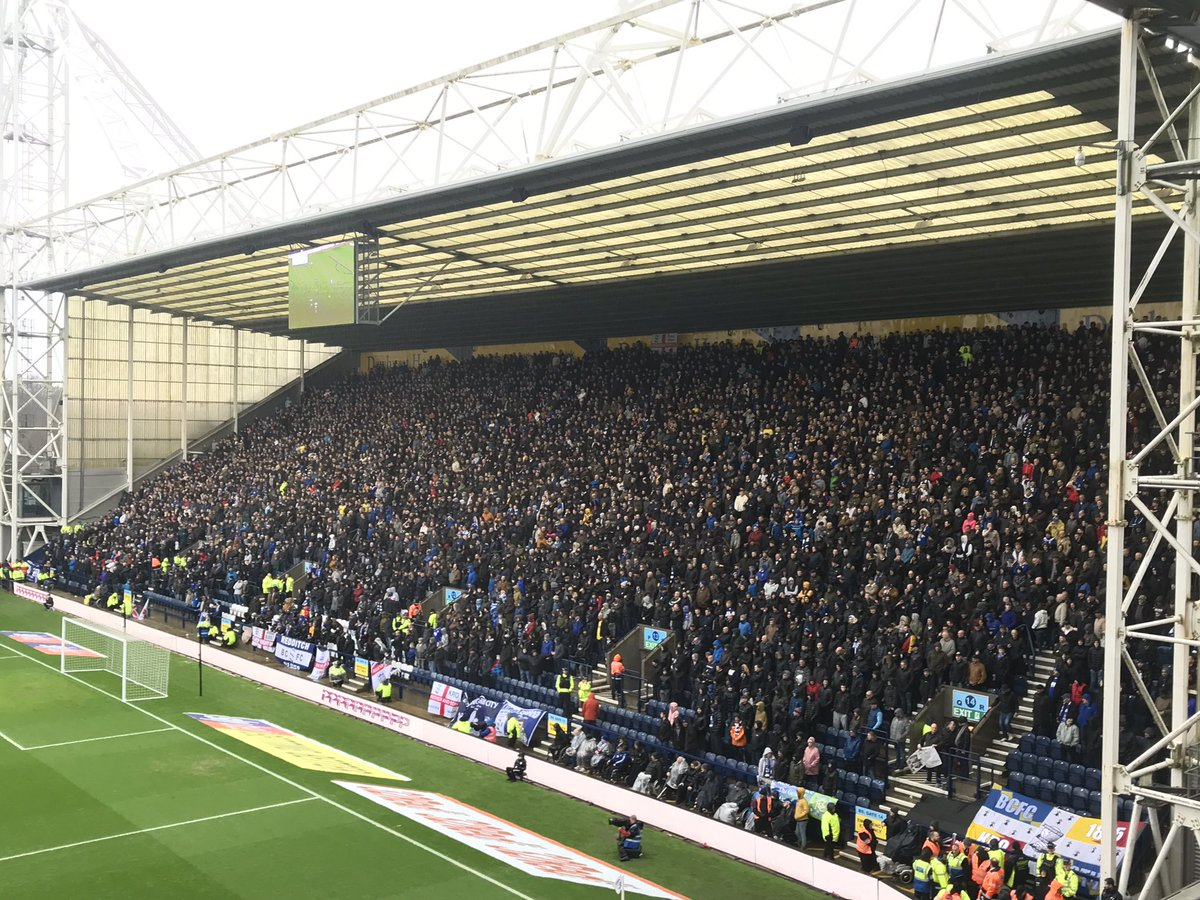Safe journey back to Birmingham to the 5225 #bcfc fans horrible weather great support  <br>http://pic.twitter.com/LFIOzFROYx