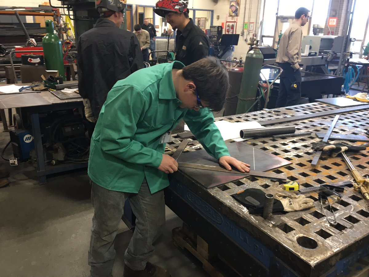 BCIT Medford Welding students competing in today's @SkillsUSA Competition. @BCITMedfordCTE @BCITMedPRINC