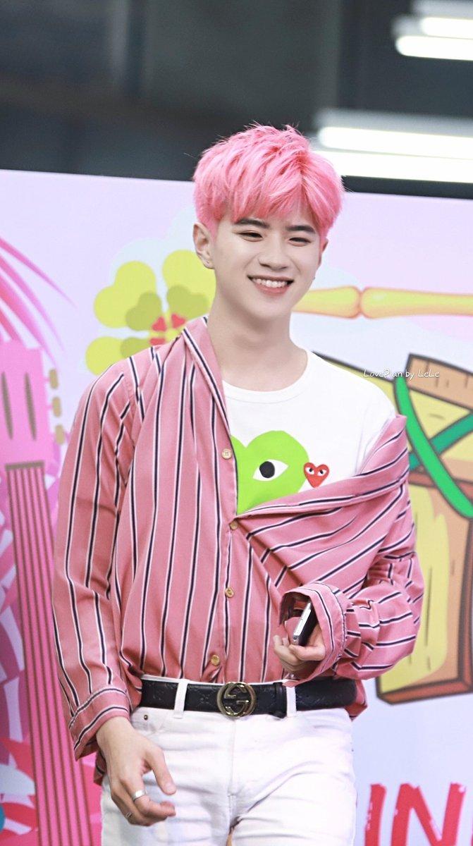 20190316  Tiki Pink Summer③ Don&#39;t reedit my picture or crop the logo #2WishPinkmarket #คนของแปลน<br>http://pic.twitter.com/wXx3NWmJrU