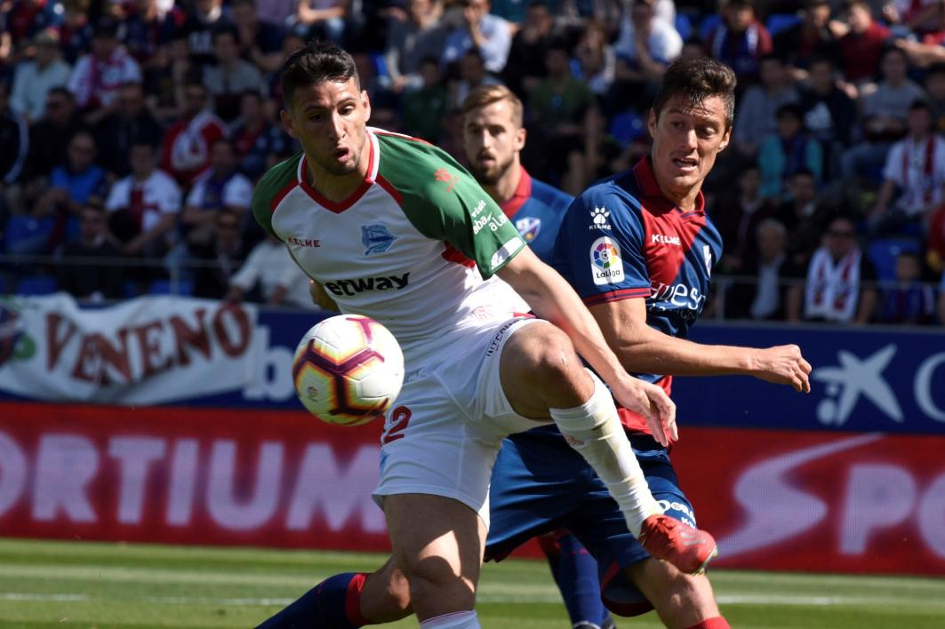SportsCenter's photo on El Huesca