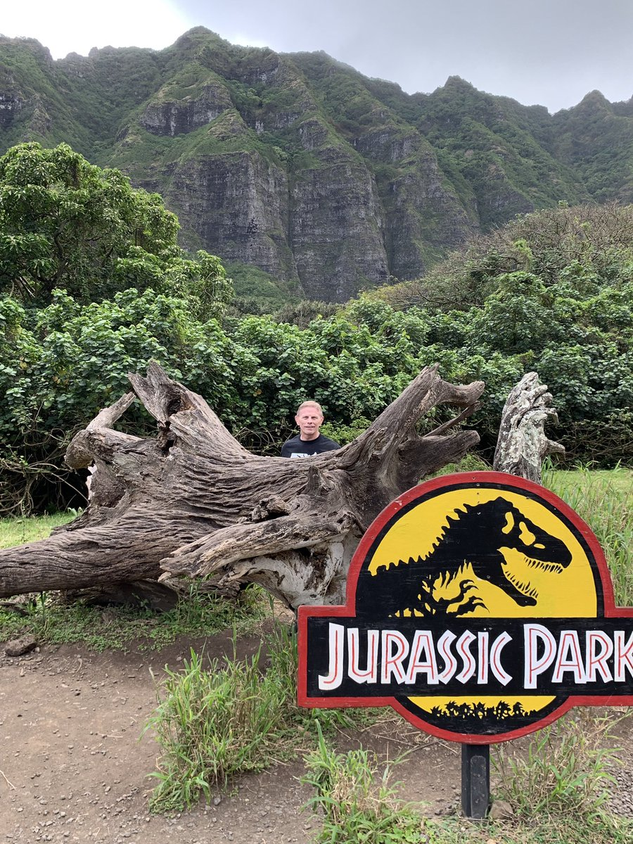 I'm the reason the dinosaurs are extinct. I threw a tyrannosaurus for five and boom... they were gone. #DinoDome #GoGreco<br>http://pic.twitter.com/zHwacj70JY