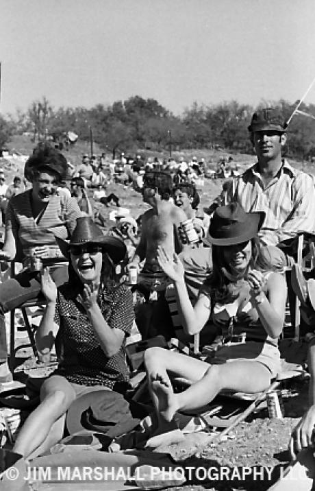 March 16th 1972, The Dripping Springs Reunion festival kicks off near Austin, Texas. Envisioned as the Woodstock of country music, the 3-day event features performances by Willie Nelson, Earl Scruggs, Bill Monroe, Kris Kristofferson, Loretta Lynn, Buck Owens and Dottie West. <br>http://pic.twitter.com/fMlcYl8d1k