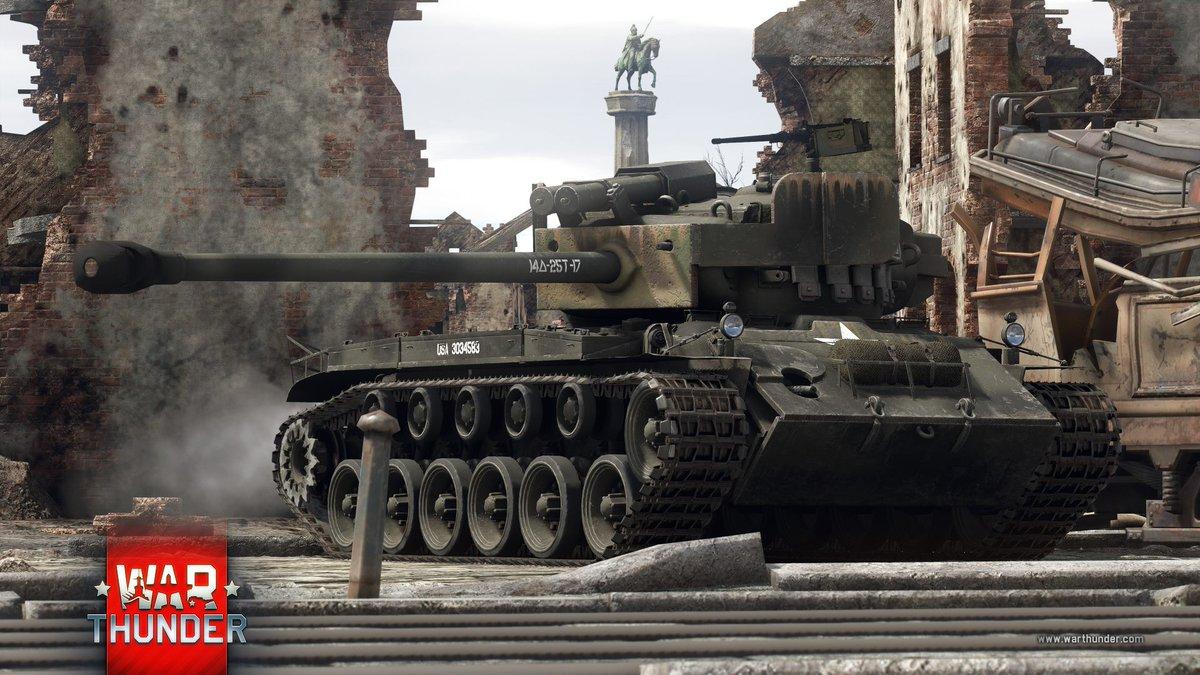 Proti přetrvávající hrozbě ze strany těžkých německých tanků namontovali Američané na tank M26 silnější 90mm dělo. Ten pak poslali do Evropy, kde na předek tanku navařili polní mechanici pancíř ze zničených tanků Panther - vznikl #SuperPershing. https://t.co/p6WSHBPf5H