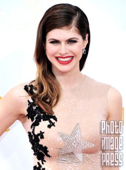 Happy Birthday Wishes to this lovely lady Alexandra Daddario!