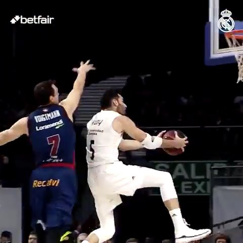 Real Madrid Basket's photo on DÍA DE PARTIDO