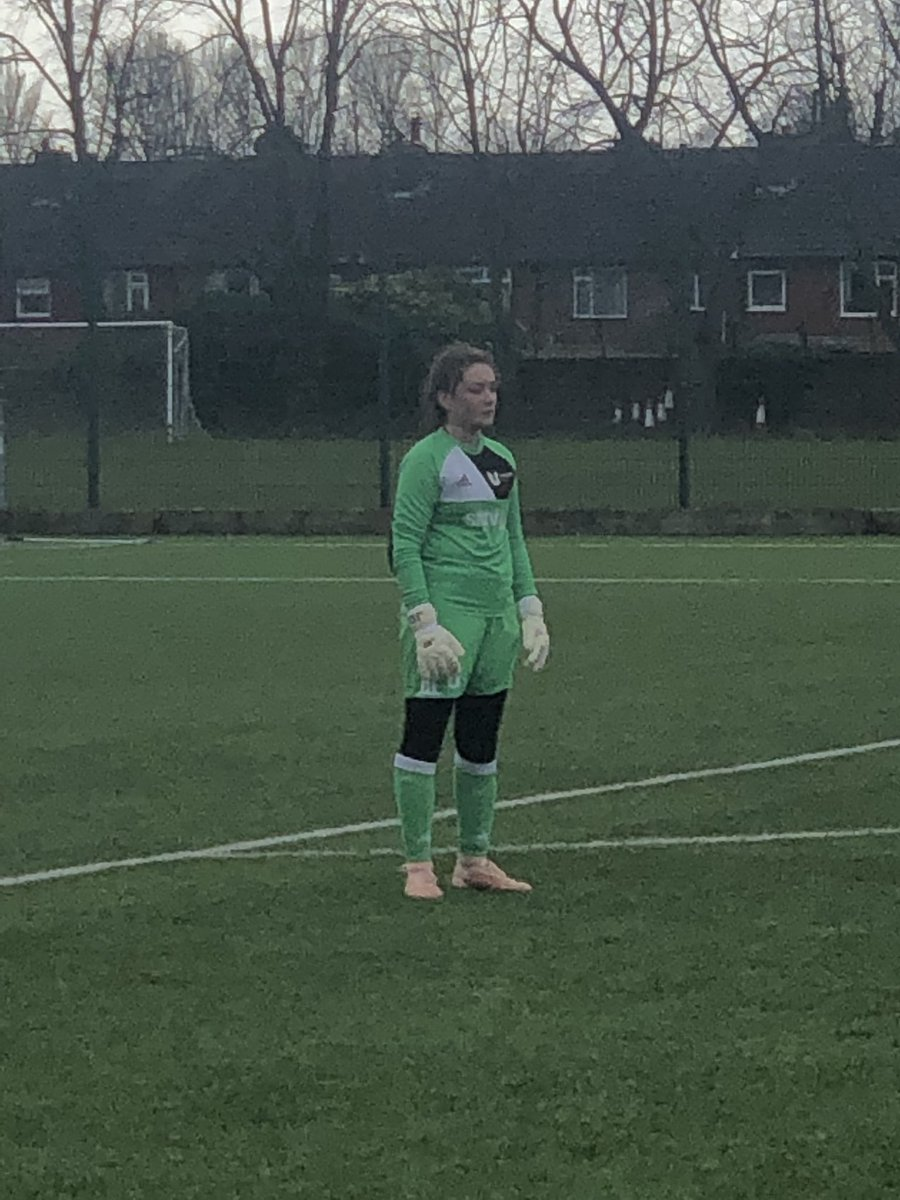 Back from the trip to Everton. A solid performance from myself and the team the result didn't reflect the game, my @GlovesJd1 whitewash gloves on point and of course the FHP made an appearance #TeamJd1<br>http://pic.twitter.com/8JLRWSP8BK