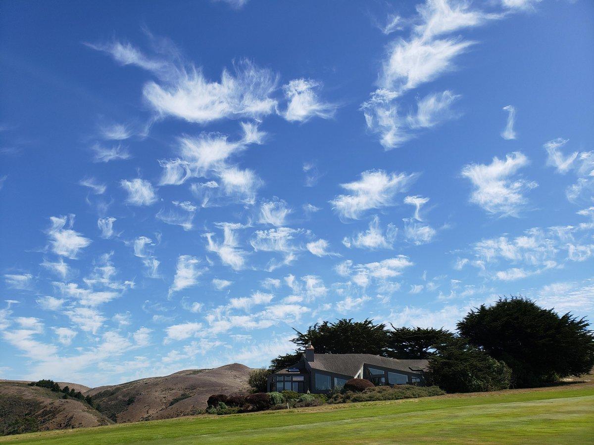 You are beautiful Sonoma County Sky. #mackandfaulkner, #sebastopol, #sebastopolrealestate, #bigsky, #blueskies, #sonomacounty, #lovewhereyoulive