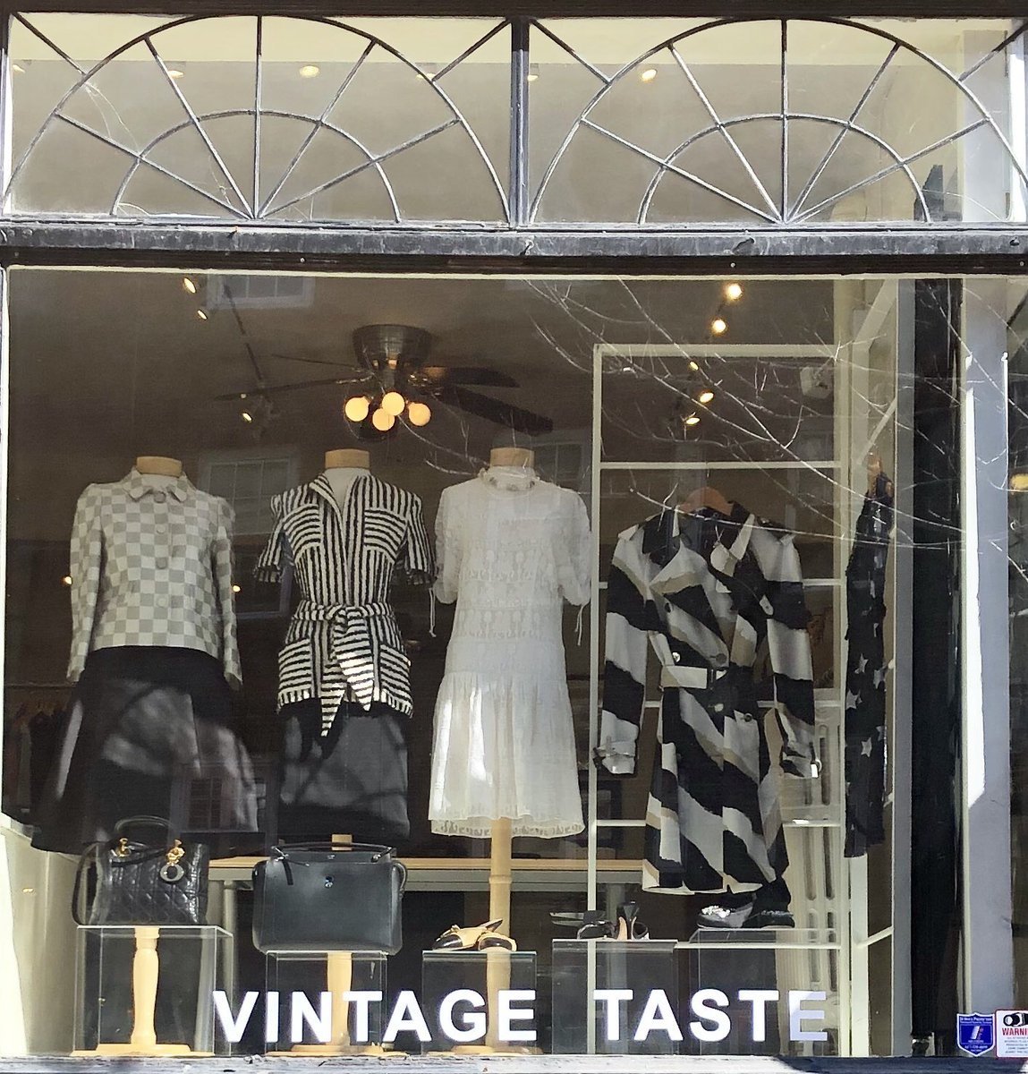 #beautifulday for our new #spring #window display #featuring #onlythebest including #Louis Vuitton #jacket with #maxmaraskirt #quinastoresus #belted #top #gucciskirt #isabelmarantdress #gucci #trenchcoat #miumiuheels #guccisandals #chanel #miniheels #fendidotcombag & #ladydiorbagpic.twitter.com/mKeSZ9s1QD – at Vintage Taste