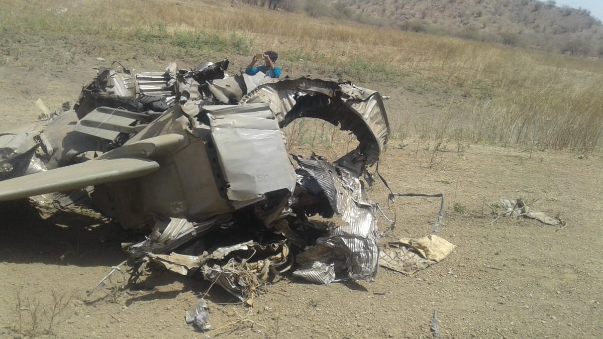 """تحطم طائرة حربية من طراز """"ميج-27"""" فى الهند D2-Eb9FU4AIZol6"""