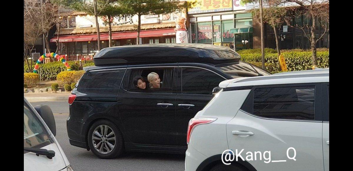 omg they were communicating between their vans...name something cuter