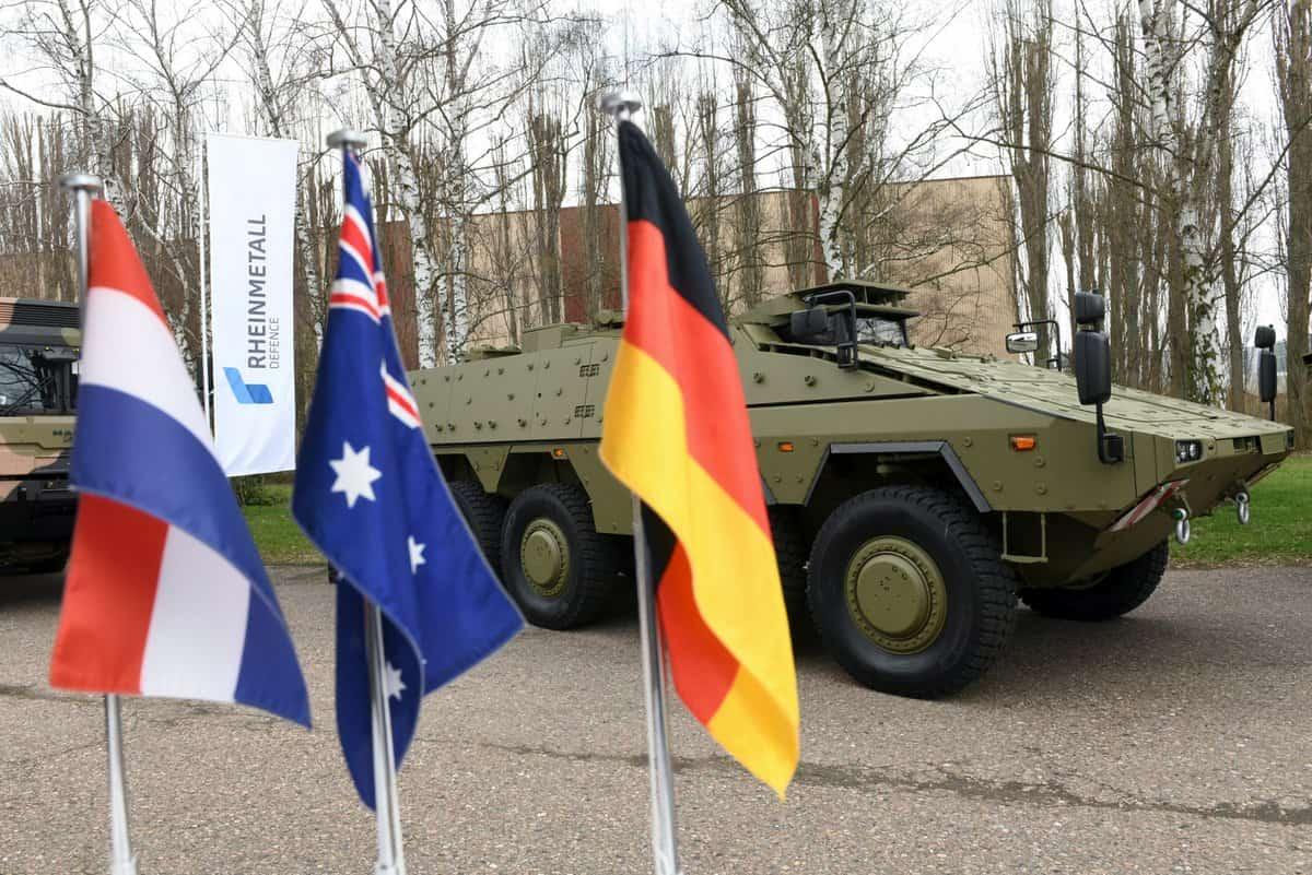 شركة راينميتال Rheinmetall ستقوم بتزويد قوات الدفاع الأسترالية بأكثر من 200 Boxer 8×8 المدرعة D200T9WW0AAdnCa