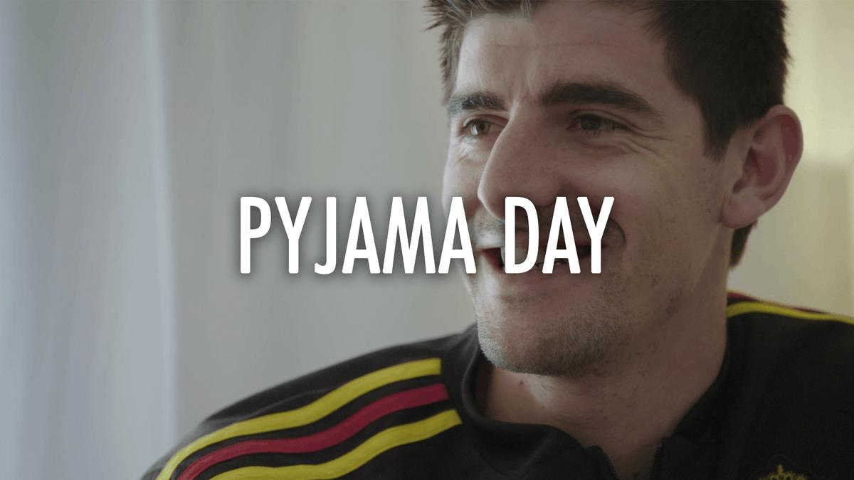 🥁 Time to announce the winners! 😉 🎬 Pyjamadag / Journée Pyjama 2019 🗣 @thibautcourtois, #Sels, @dennispraet, @mbatshuayi, @VanakenHans, @koencasteels  👏 @BednetBE, #TakeOffasbl, #Ouftivi  #COMEONBELGIUM 🇧🇪 #Pyjamadag #journeepyjama