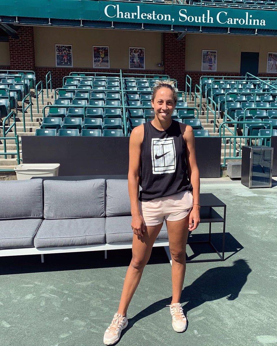 WTA CHARLESTON 2019 D21swcNXgAA_xEC
