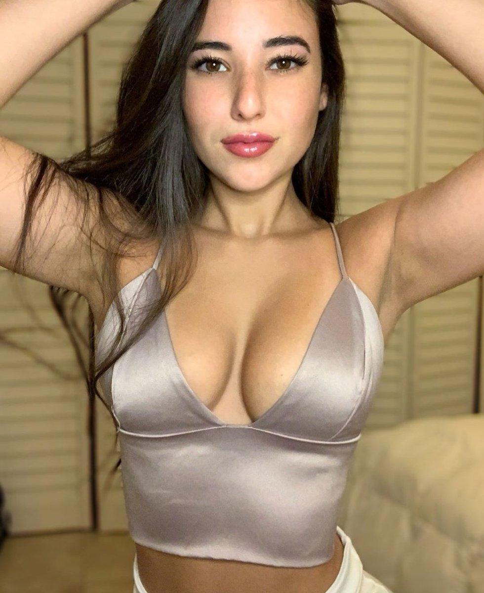 Angie Varona Sexy angievarona hashtag on twitter