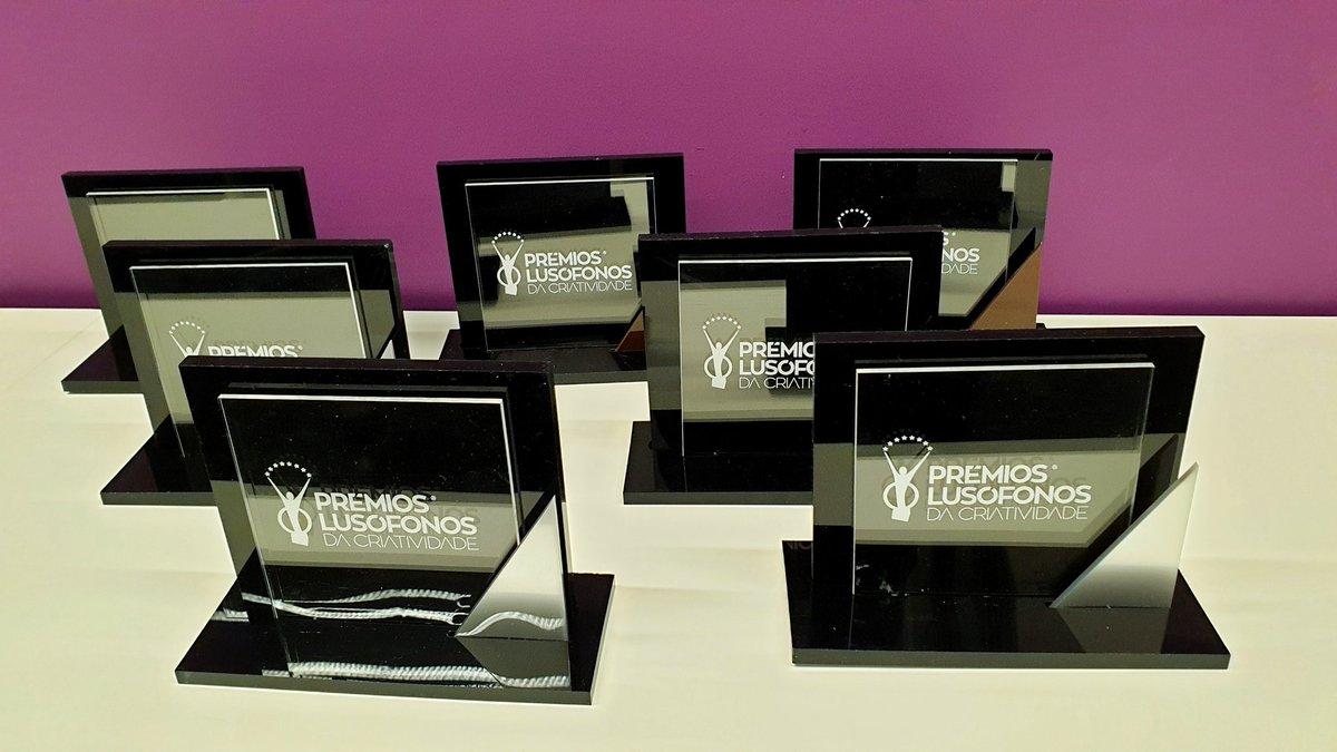 5 Pratas e 2 Bronzes nos Prémios Lusófonos da Criatividade. Muitos parabéns aos nossos clientes Ford, Jameson e Esc Online e às equipas envolvidas. 😎🙏 #TeamMindshare @PremiosLuso