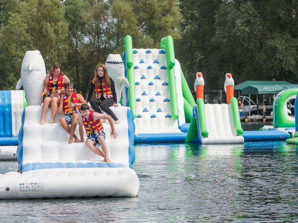 HAL'S HEADLINES: Water-park coming to Manitoba https://winnipegsun.com/opinion/columnists/hals-headlines-water-park-coming-to-manitoba?utm_term=Autofeed&utm_medium=Social&utm_source=Twitter#Echobox=1553884591 …