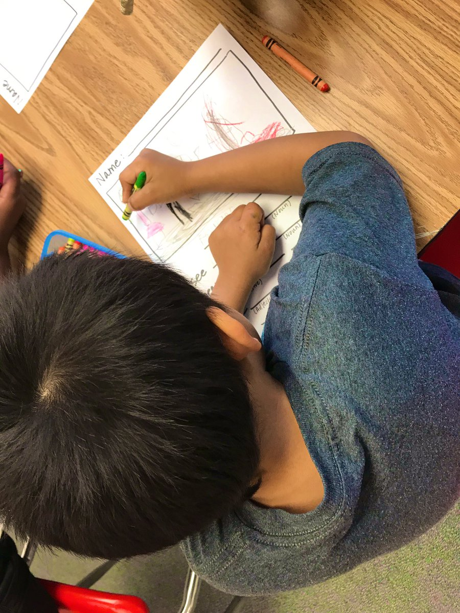 <a target='_blank' href='http://twitter.com/PlatzArtClass'>@PlatzArtClass</a> and I had a blast participating in Poetry Day with <a target='_blank' href='http://twitter.com/OakridgeKinder'>@OakridgeKinder</a> ! 🤗 so much talent with our oakie artists ❤️ <a target='_blank' href='http://search.twitter.com/search?q=APSartsgreat'><a target='_blank' href='https://twitter.com/hashtag/APSartsgreat?src=hash'>#APSartsgreat</a></a> <a target='_blank' href='http://search.twitter.com/search?q=oakelempoetryday'><a target='_blank' href='https://twitter.com/hashtag/oakelempoetryday?src=hash'>#oakelempoetryday</a></a> <a target='_blank' href='https://t.co/puCpGymb8d'>https://t.co/puCpGymb8d</a>