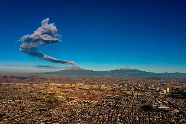 La estela de poder del Popocatépetl.
