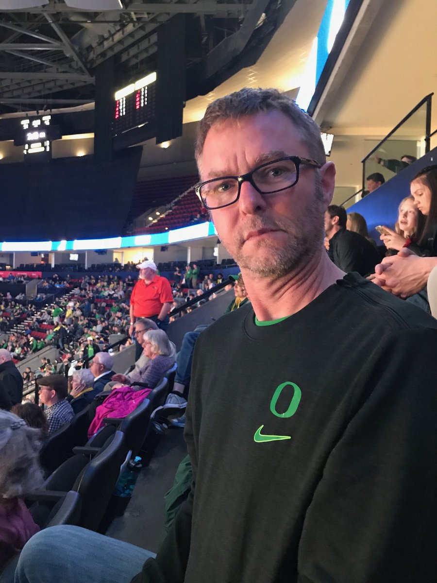 Serious about Duck basketball.  Go Ducks!  #NCAAW