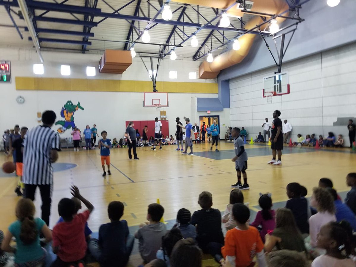 Creekside's PBIS reward...Our March Madness game was a success. #PBIS #spsk12proud