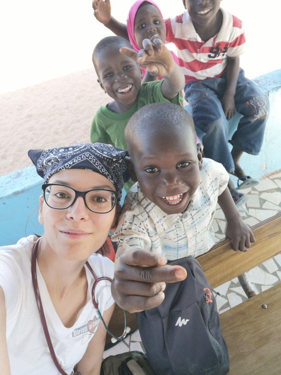 Li aiuto a casa mia, a casa loro, a casa di tutti perché il Mondo è di tutti e siamo tutti uguali. #primalepersone