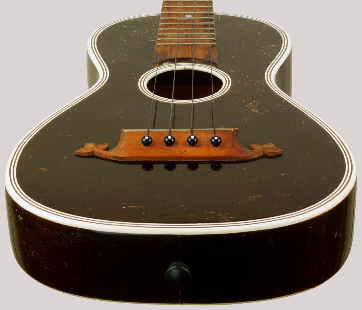 Jose Fernandez Saxony long scale ukulele