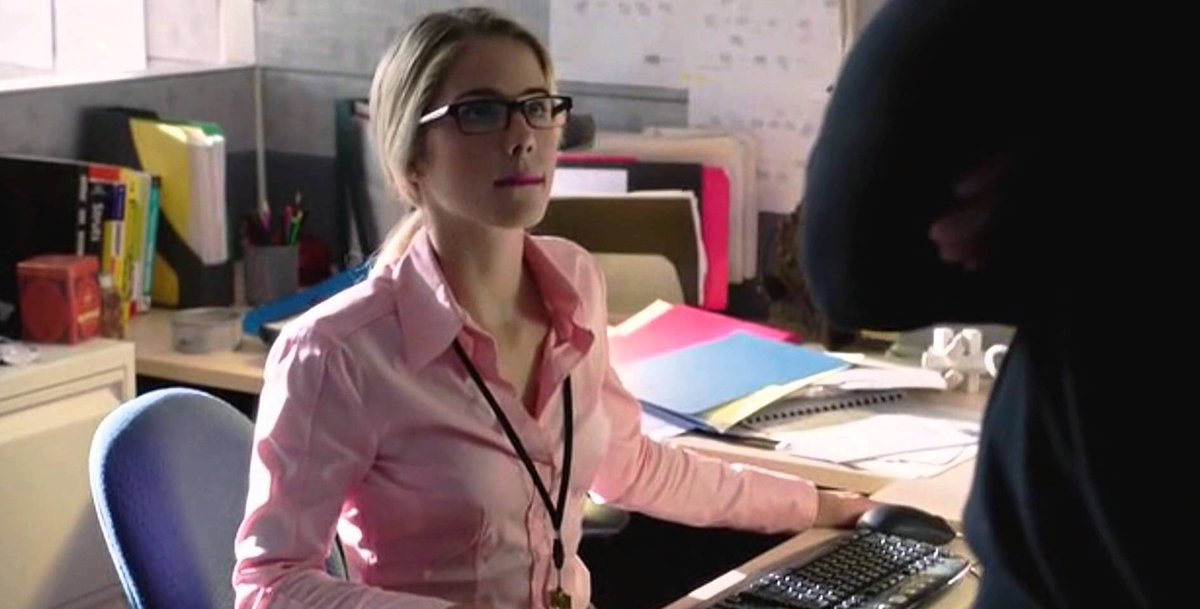 Felicity Smoak will forever be my favorite TV character, no questions asked. I'm emotional right now and can't even BELIEVE how I will say goodbye to her so soon 💕 #Arrow #Olicity