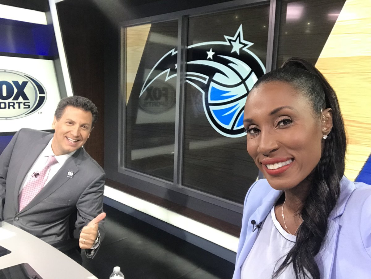 Tune in to see me and @AnezSez talk @OrlandoMagic on @FOXSportsMagic now😁