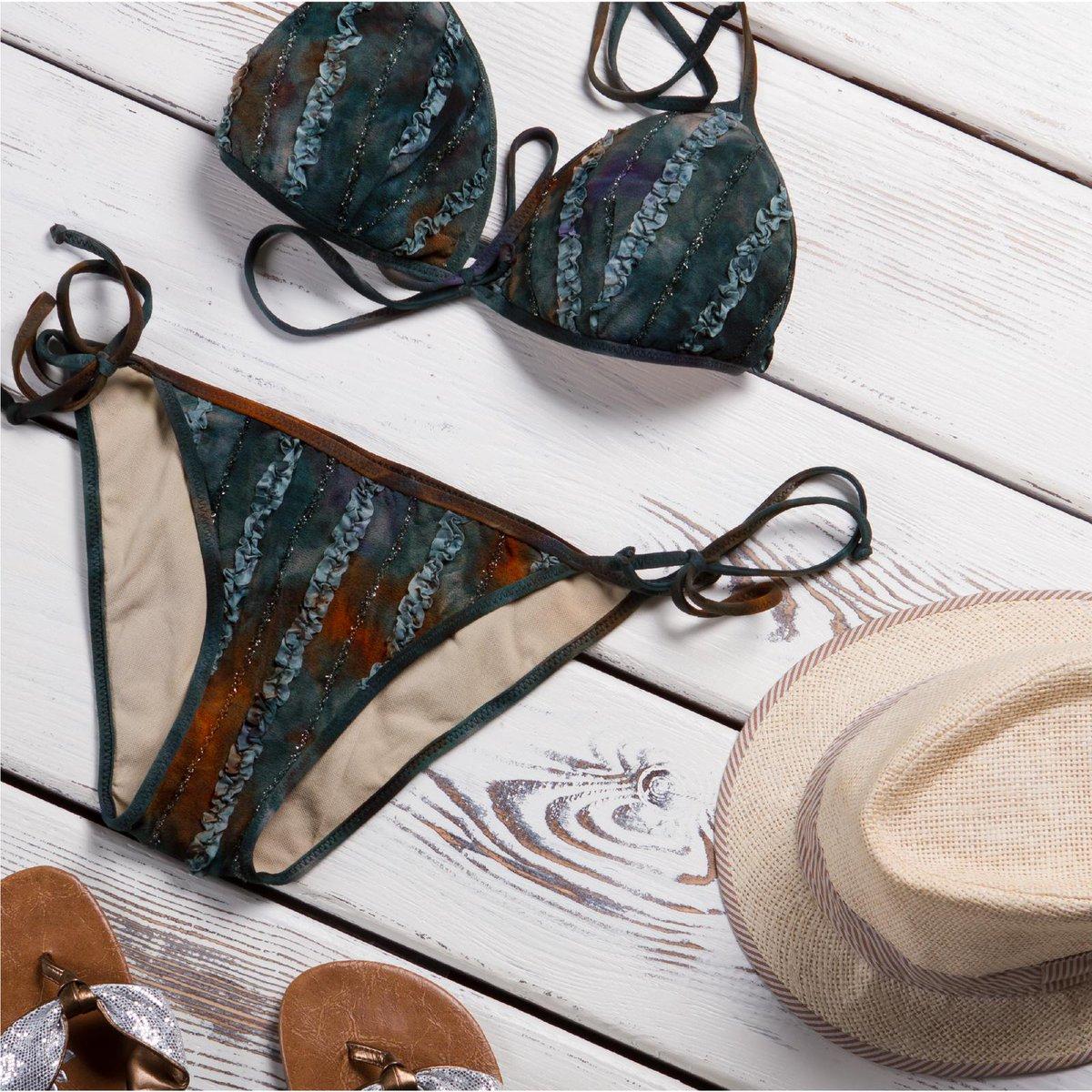 Imagínate en la playa disfrutando del sol con este traje de baño en nuestra tela licra #ATuMedida #NombredeTel #Cortitelas #Honduras #Telas #LoMejorenTelas #ModaHonduras #FashionHonduras #ImaginaTodoloquePuedesCrear #Crealo #Diseñalo #Imagínalo #Crea #Imagina #Diseña