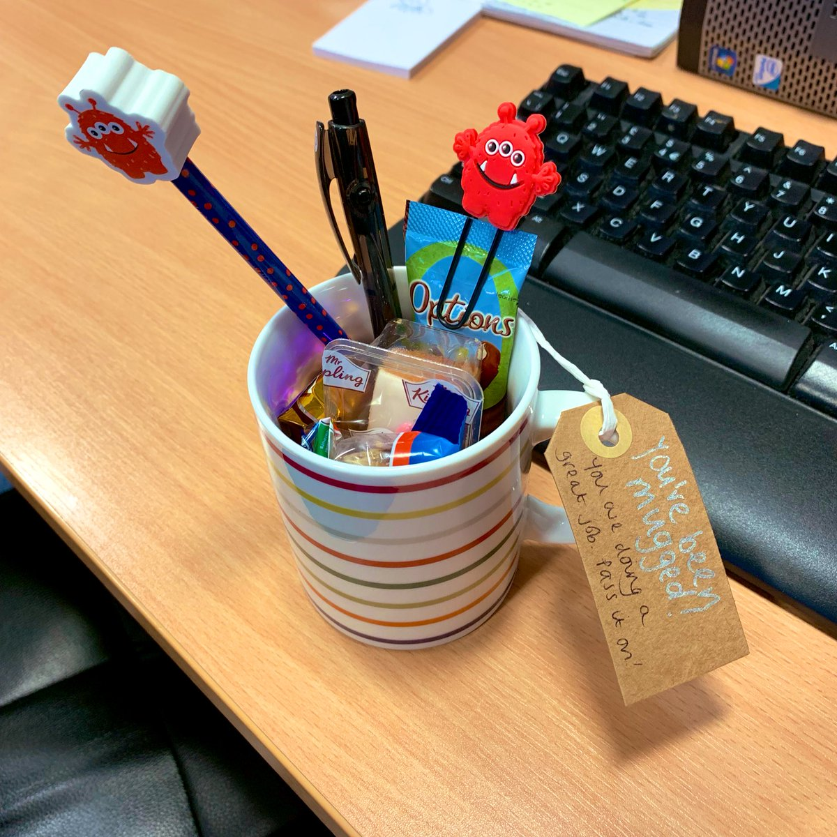 Came in to work this morning to find I'd been #mugged What a lovely positive way to start the day! Thank you to whoever did this! @UHSFT @NeonatalMatron @SONeTWessex #PayItForward <br>http://pic.twitter.com/4BWY8SKNkX