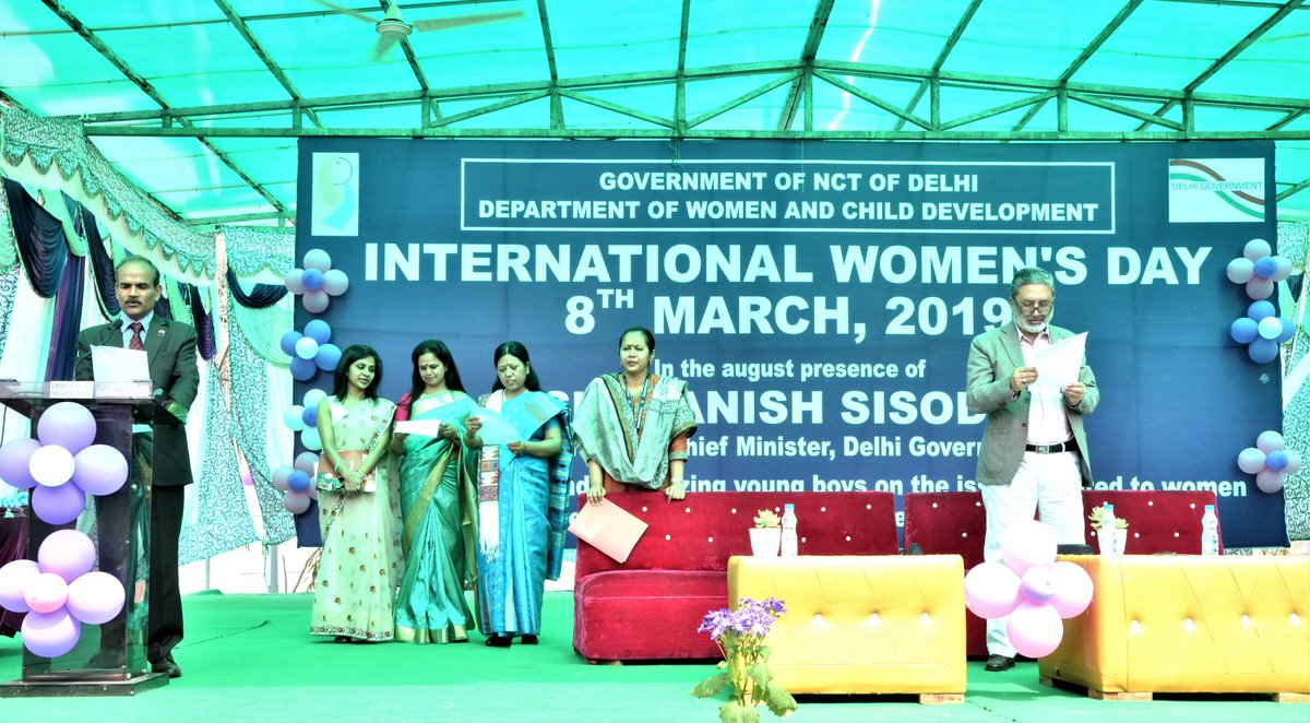 Governments play an important role in helping us achieve gender equality ⚖️  #DYK more than 100 officials of the Dept. of Women & Child Development, Govt. of #Delhi pledged to support the #HeForShe movement as part of their #WomensDay celebrations? #WomensMonth