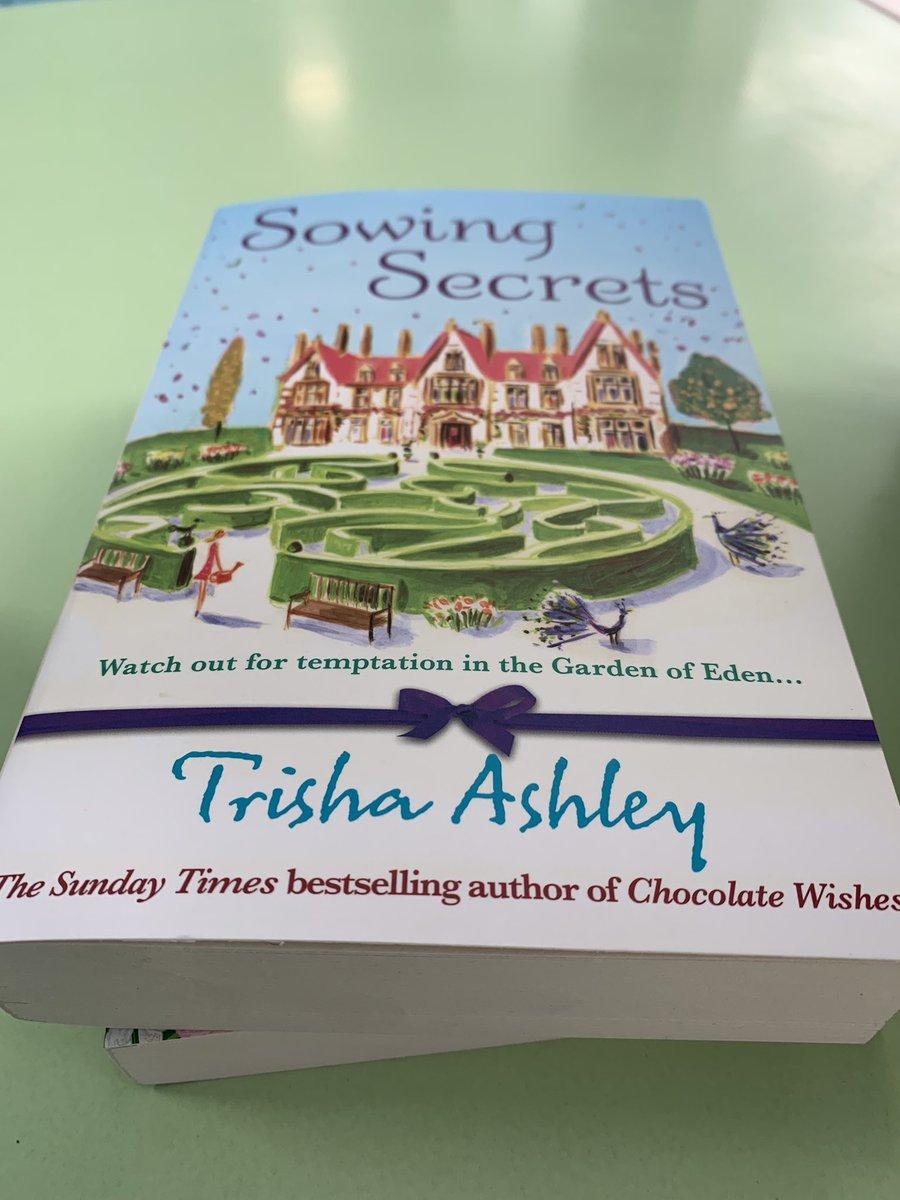 Look what's keeping me company while the rest of the family swims?! Managed to locate one of my fave @trishaashley books in the on park shop! #perransands #haven #bookheaven <br>http://pic.twitter.com/ggzinoEozd