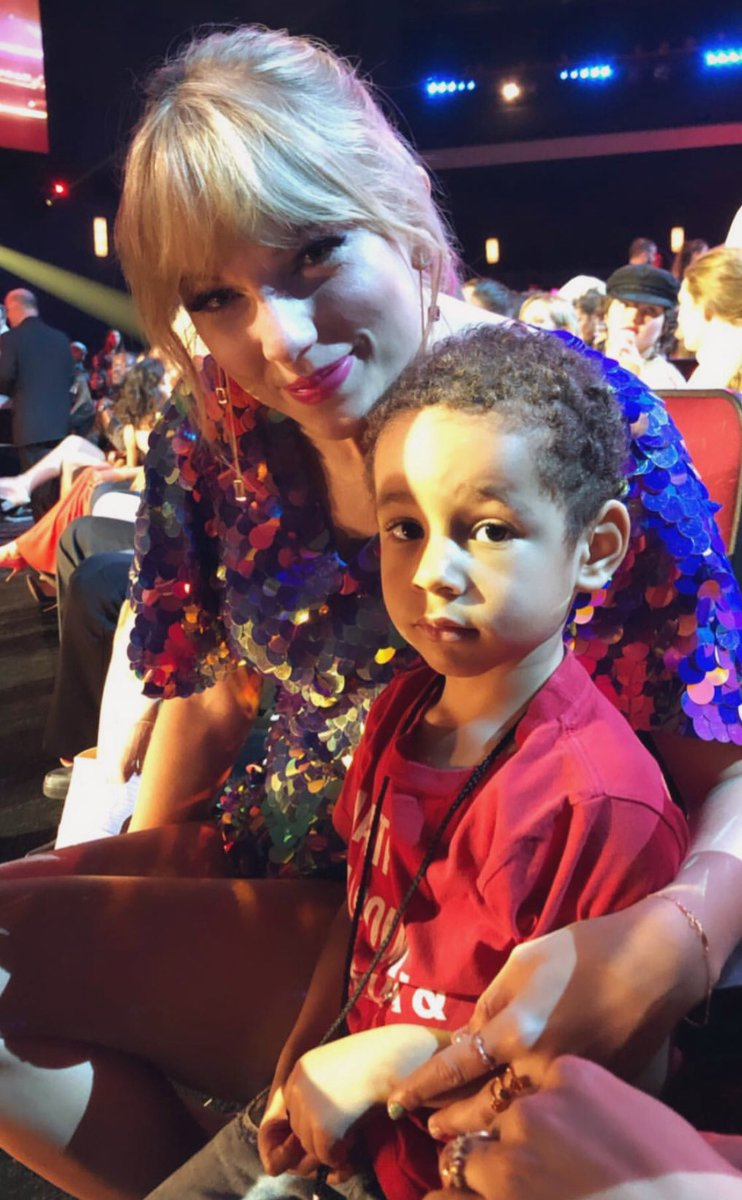 IG | Taylor Swift and Alicia Keys son Genesis at the #iHeartAwards2019  (via therealswizzz Insta story) <br>http://pic.twitter.com/kSqIzTNTrC