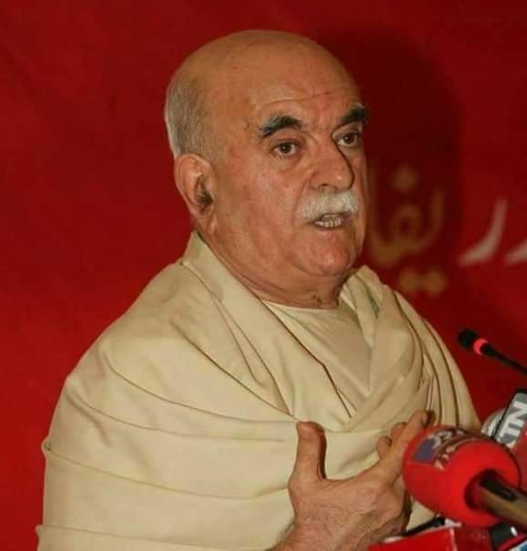 Pakistan tries to delegitimize everyone who is popular and stands tall among followers. #MahmoodKhanAchakzai is champion of Pashtun cause who can&#39;t b harassed or pushed to the wall #AchakaziOurPride<br>http://pic.twitter.com/WKZsH1Ye0u