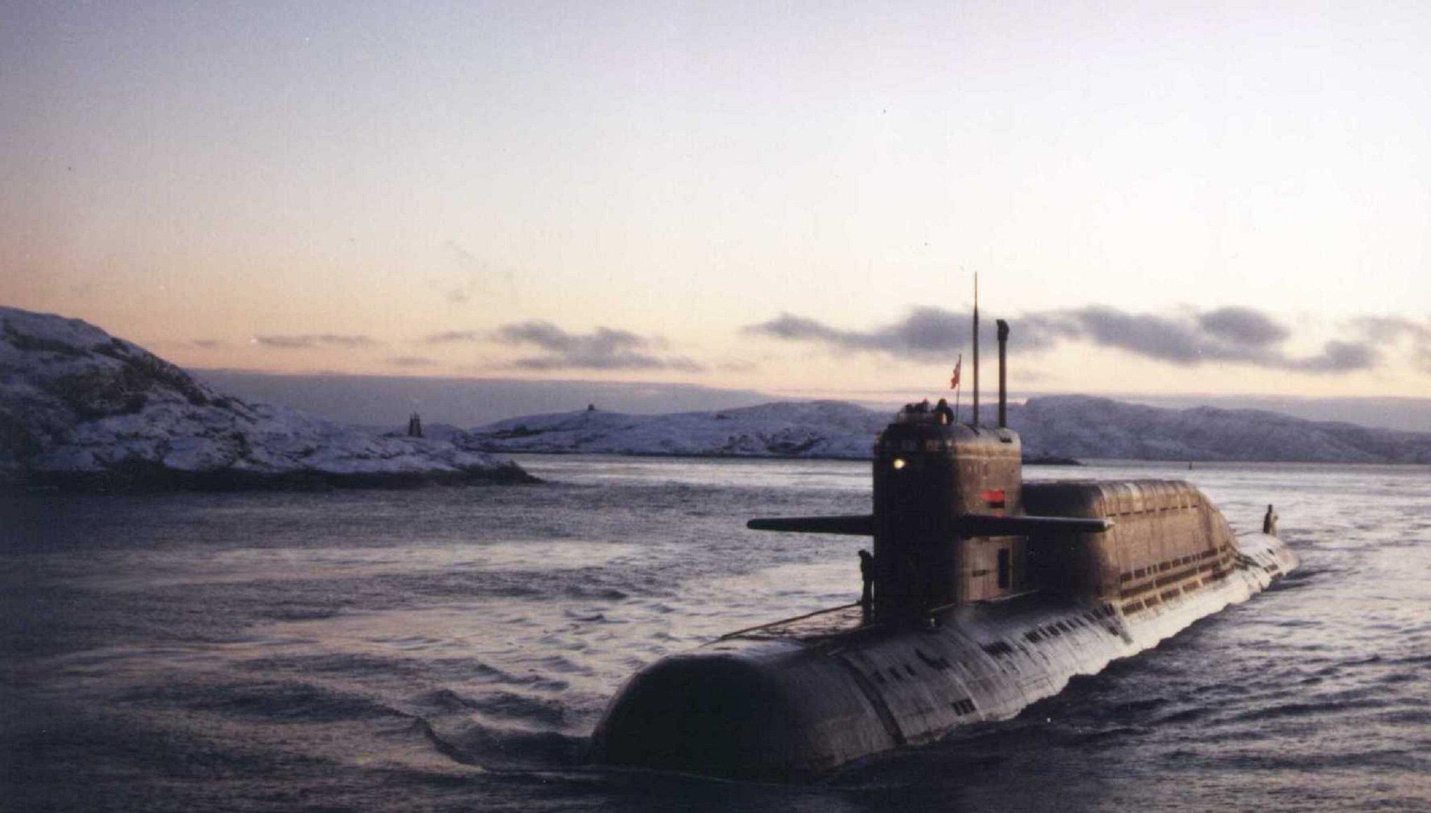 Страсть, подводные лодки на открытках
