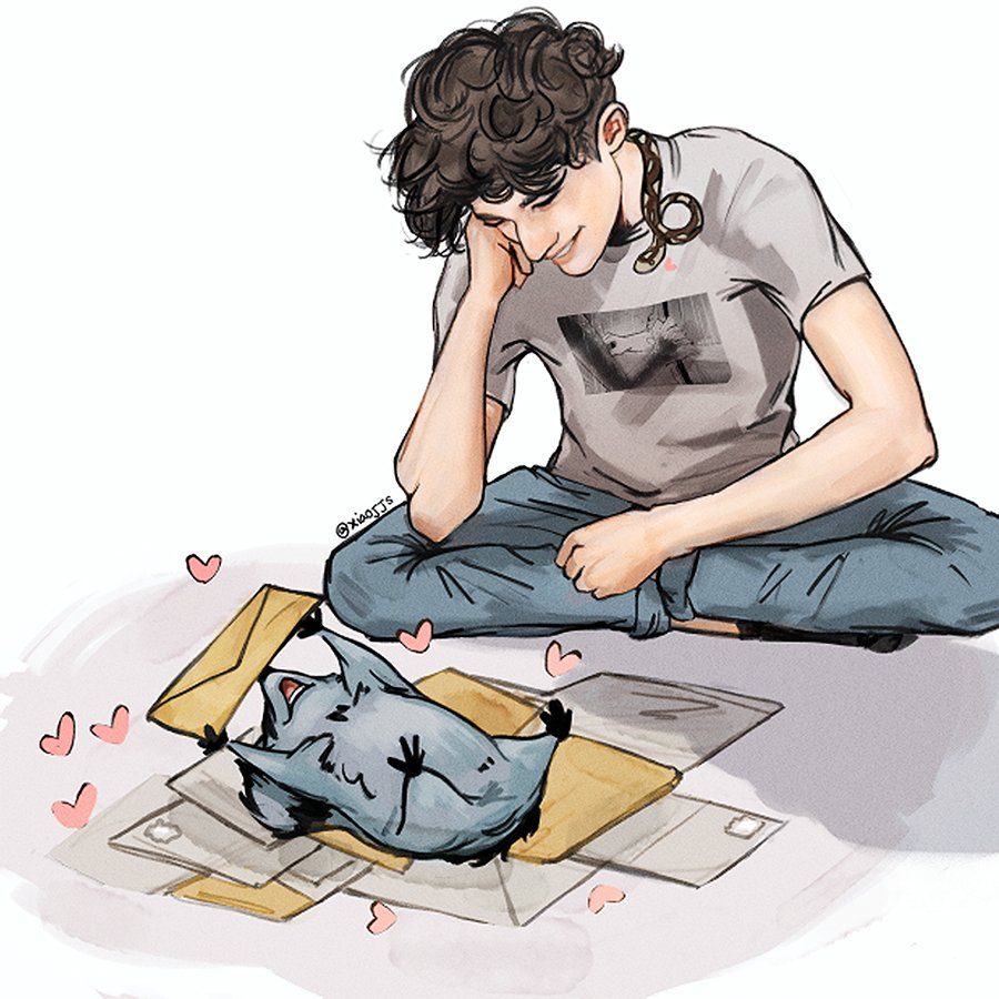 Maxence got company while opening his fan mail #skamfrance #eliott<br>http://pic.twitter.com/gTwUko35bF