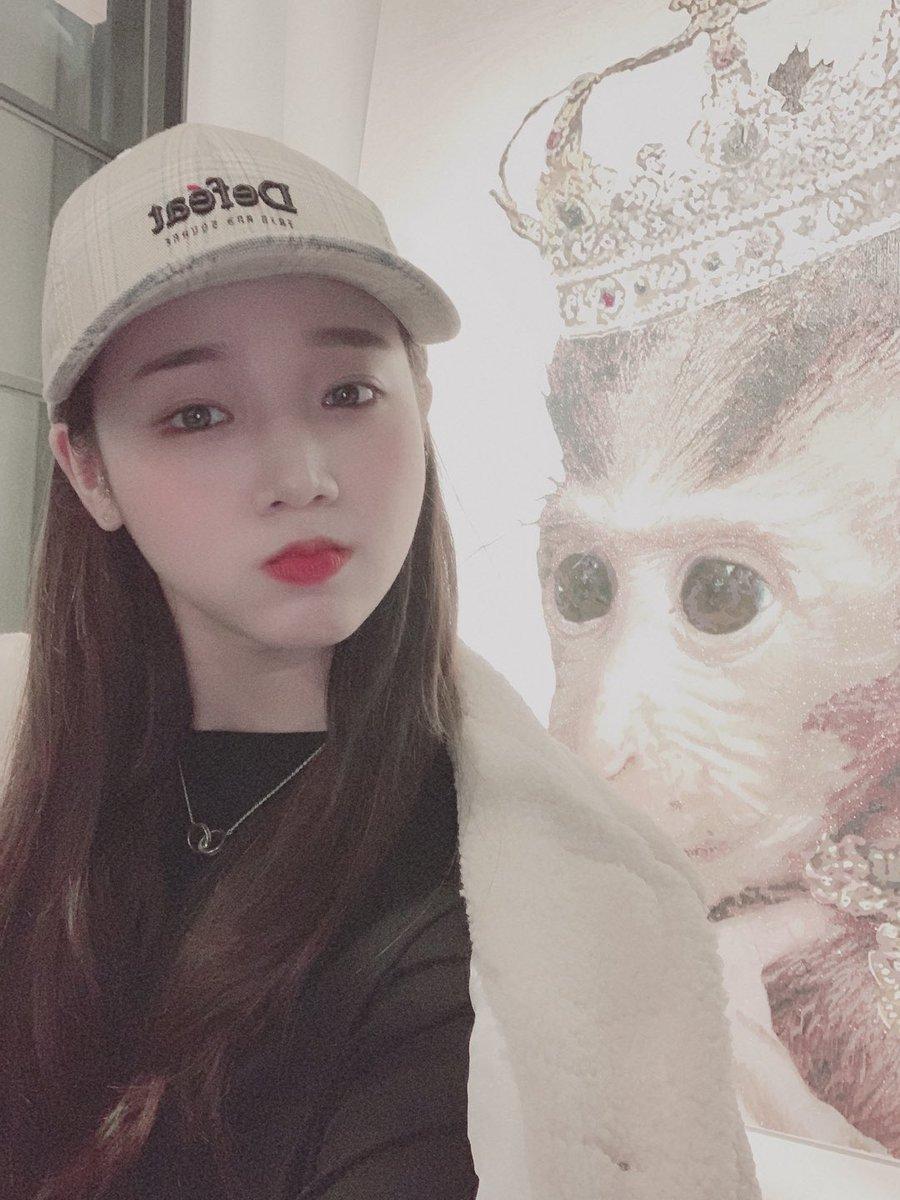 오랜만에◡̈  오늘의자장가🎶  몬스타엑스  -  Ex Girl (Feat.휘인 Of 마마무)  오랜만에 자장가 입니당 ㅎㅎ 다들 기분 좋은 꿈⁎⁺˳✧༚ ⁎⁺˳✧༚꾸어요!  #위키미키 #최유정 🌻 #잘자_키링🌟