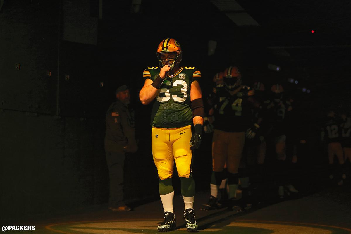 #Packers center @Linsley71 started all 16 games &amp; played every offensive snap for the second straight season in 2018.  Year in photos :  https:// pckrs.com/6lmfc  &nbsp;     #GoPackGo<br>http://pic.twitter.com/w81YA0SCKb