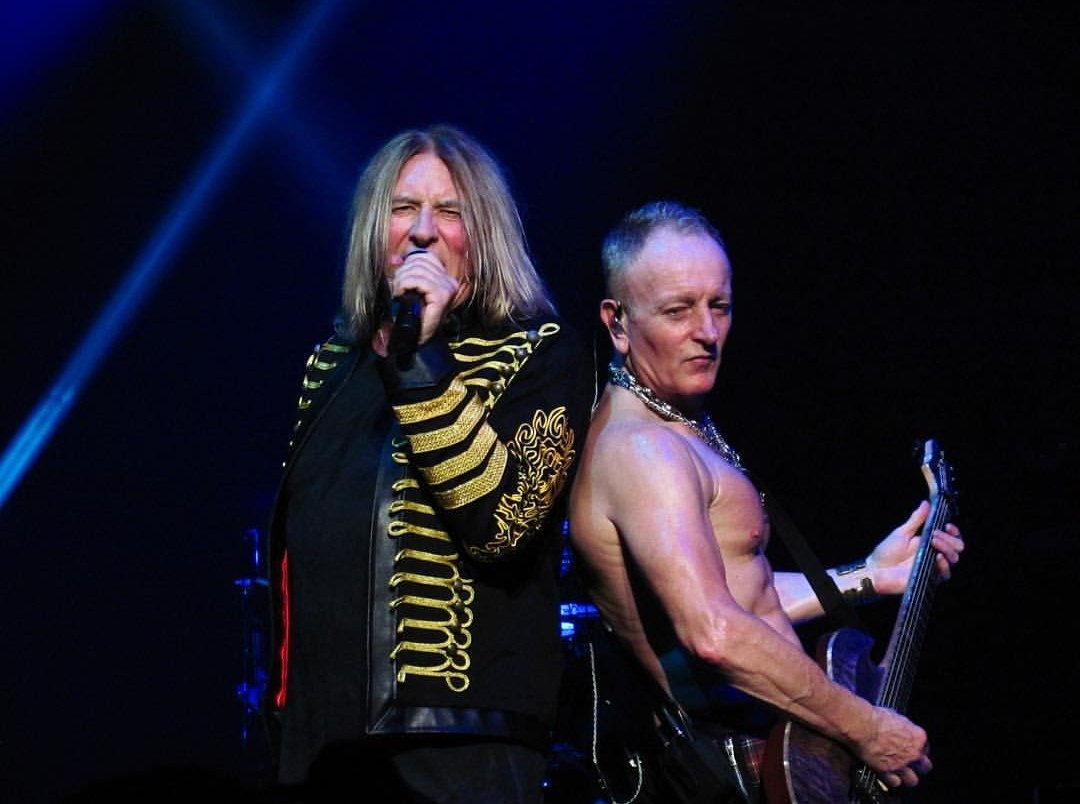 #philcollen &amp; #joeelliott of #defleppard #picoftheday by Limelight_concert_photo Thanks  #rockbrigadeforum #RockHall2019 <br>http://pic.twitter.com/nDJT0mNnNi