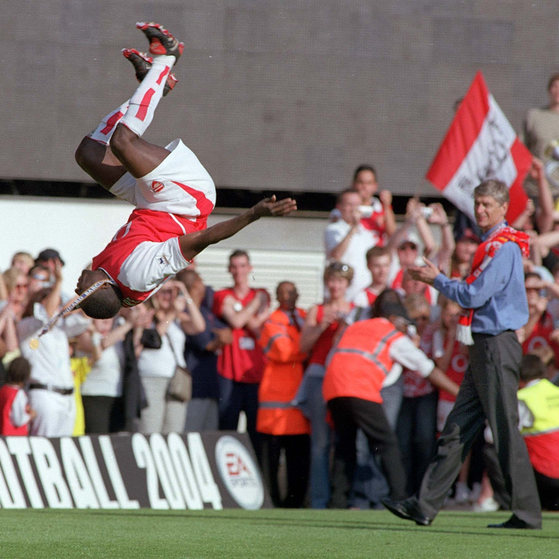 """Arsenal on Twitter: """"🗓 7 years with us 🔴 326 appearances ⚽️ 14 goals 🔄  Countless backflips ⛔️ 49, 49 undefeated Kolo Toure 🙌… """""""