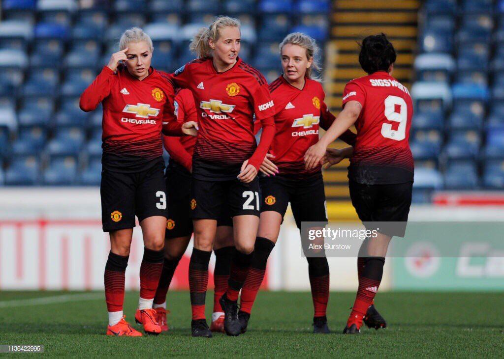 Ordered the coach yesterday  Now only 5 places left today 💓🇾🇪 Come join the @muwfcbarmyarmy  Get to see these beautiful faces  #MUWomen #mufcawaydays #ManchesterUnited