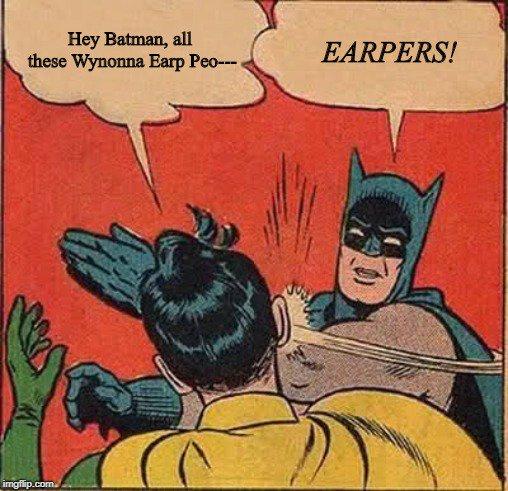 Batman knows. #FightForWynonna #WynonnaEarp @IDWPublishing @IDWEntertain @syfy @netflix<br>http://pic.twitter.com/oSsPp8tD6N