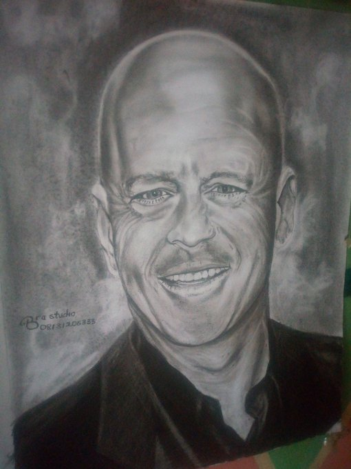Happy birthday to you sir Bruce Willis  Bubble renaissance art 2019 +2348131206333